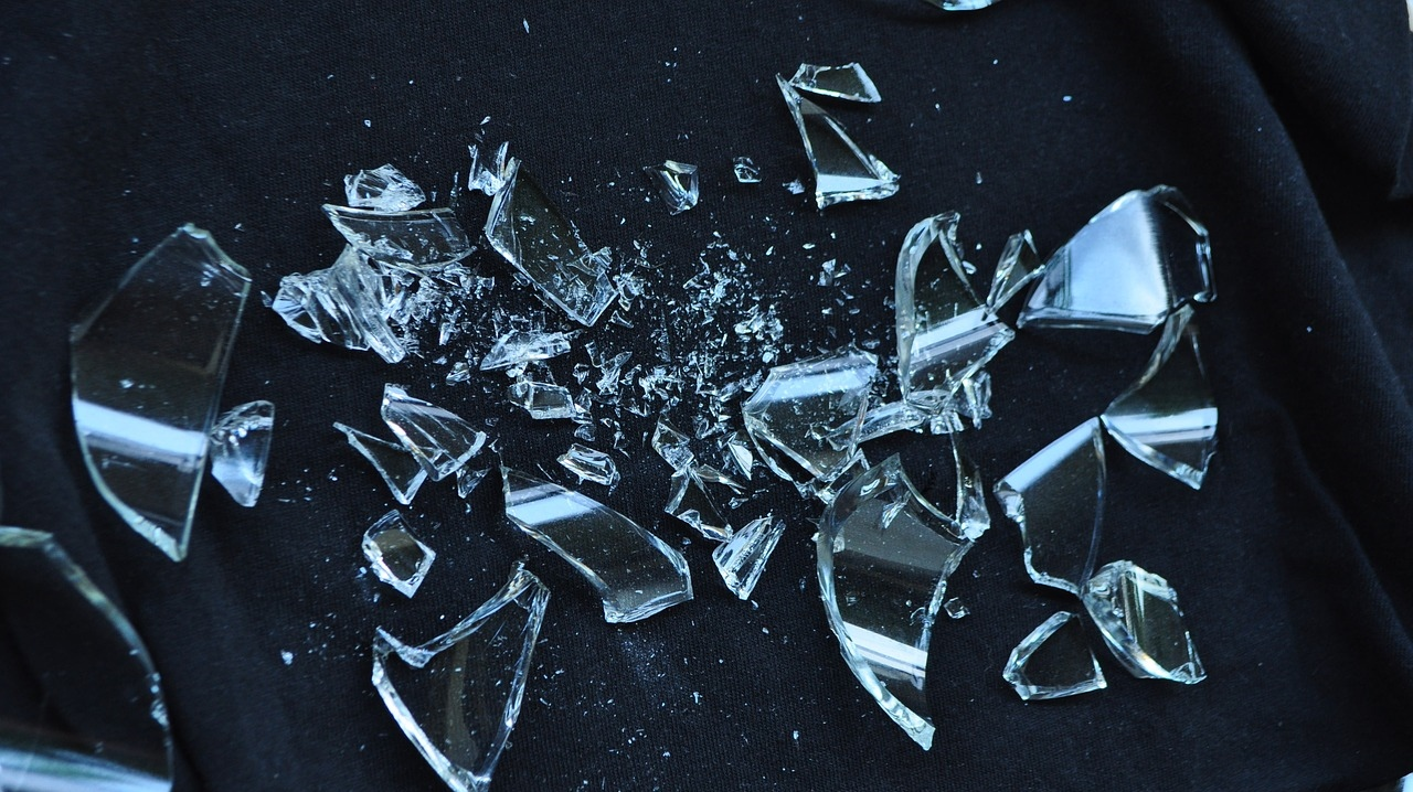 プライドを捨てないと、何かと損をします。