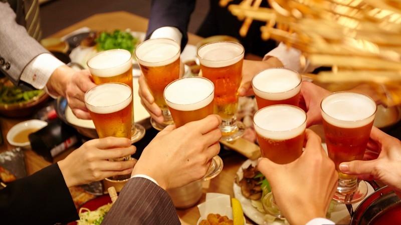 会社の飲み会は時間の浪費です